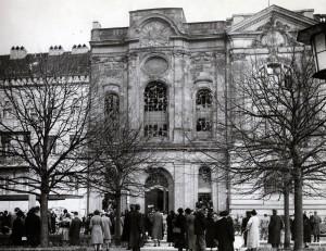 Zerstörte Synagoge am Potsdamer Wilhelmplatz (Platz der Einheit), 10. November 1938 (Sammlung Potsdam Museum – Forum für Kunst und Geschichte)